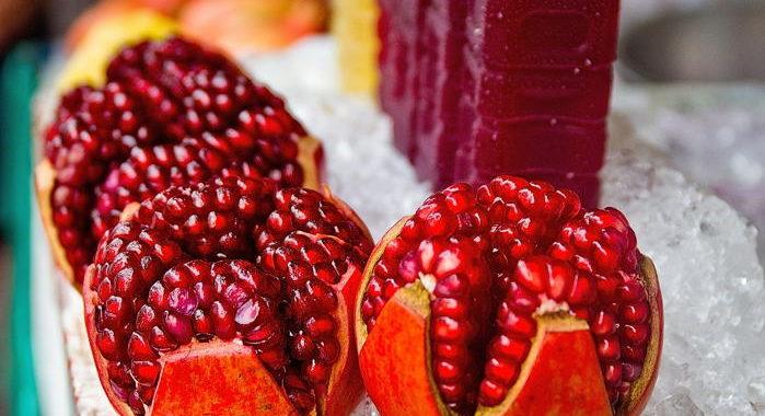 Granatapfelsaft: Herstellung mit der Granatapfelpresse & gesundheitliche Wirkung