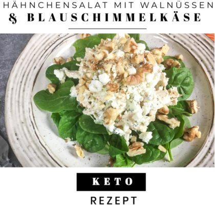 Keto-Hähnchensalat mit Blauschimmelkäse und Walnüssen