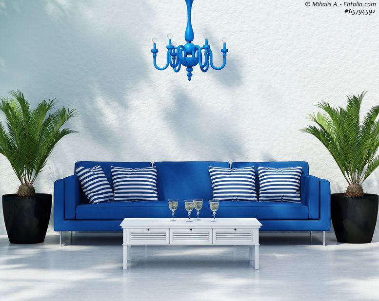 Blaue Sofas - Wohnzimmer Inspirationen mit Meeresblau und Weiß