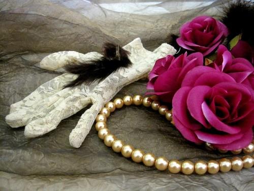 rosen romantik sofas und dekor mit rosenmotiven und rosen mustern. Black Bedroom Furniture Sets. Home Design Ideas