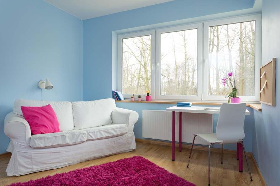 sofa im landhausstil hell und so gem tlich. Black Bedroom Furniture Sets. Home Design Ideas