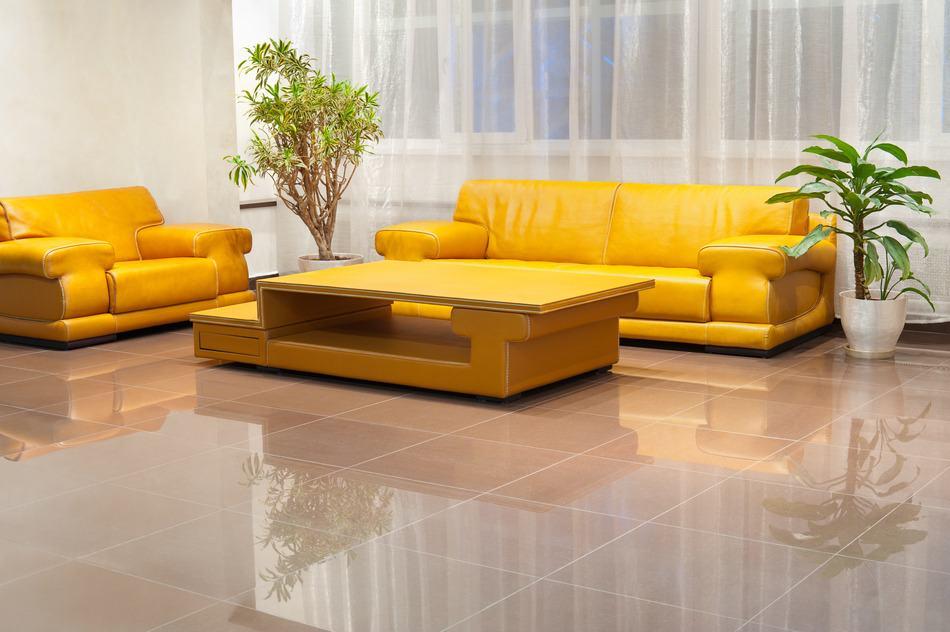 Wohnzimmer Ideen mit Gelb: Für sonnige Frühlingsgefühle