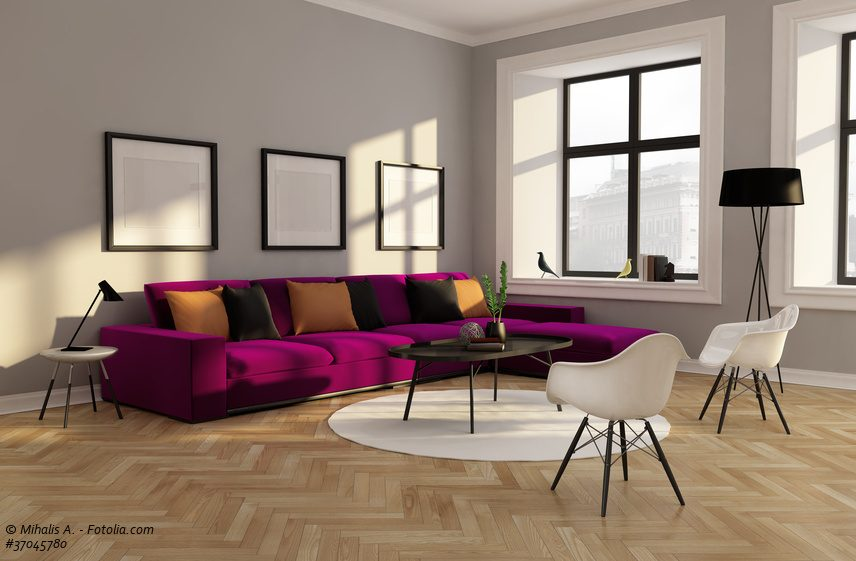 Lila Sofa Mit Bunten Kissen   Frisches Design Wohnzimmer