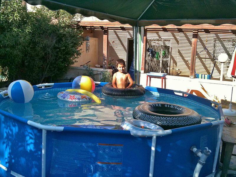 Frame pool stahlrahmen pool kaufberatung for Intex pool billig